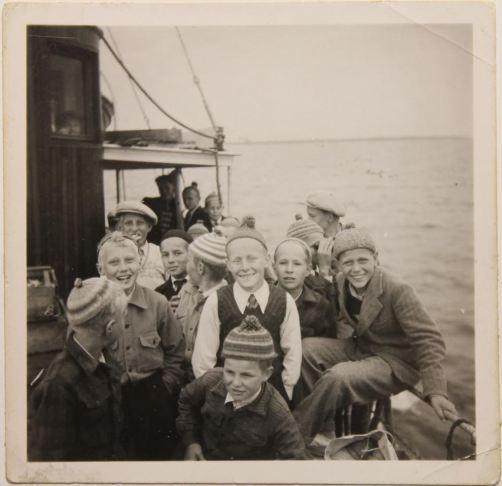 Luovon poikia Hailuoto laivassa